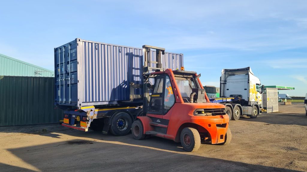 highway_logistics_container_transport_north_east4