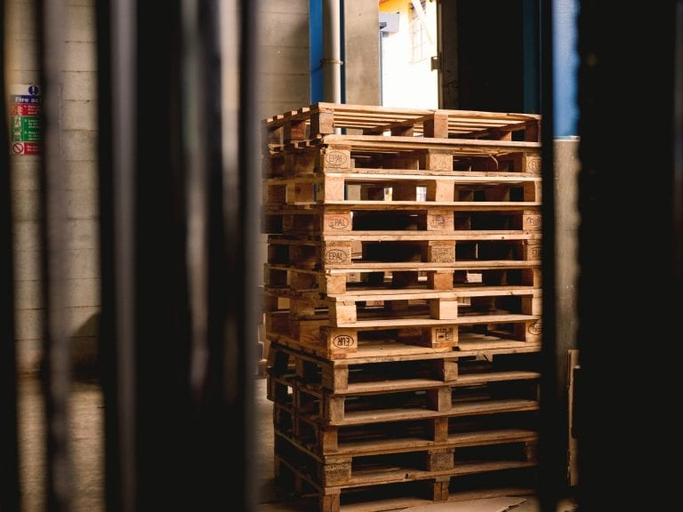 how_are_wooden_pallets_made